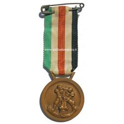 ITALIAN-GERMAN MEDAL FOR...