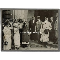 HITLER HAND SIGNED PHOTO -...