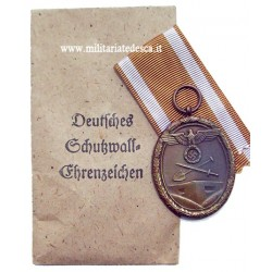 WEST WALL MEDAL WITH PACKET