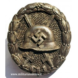 SILVER WOUND BADGE 1st MODEL