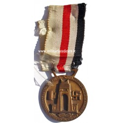ITALIAN-GERMAN MEDAL FOR...