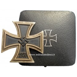 CASED IRON CROSS FRIST CLASS